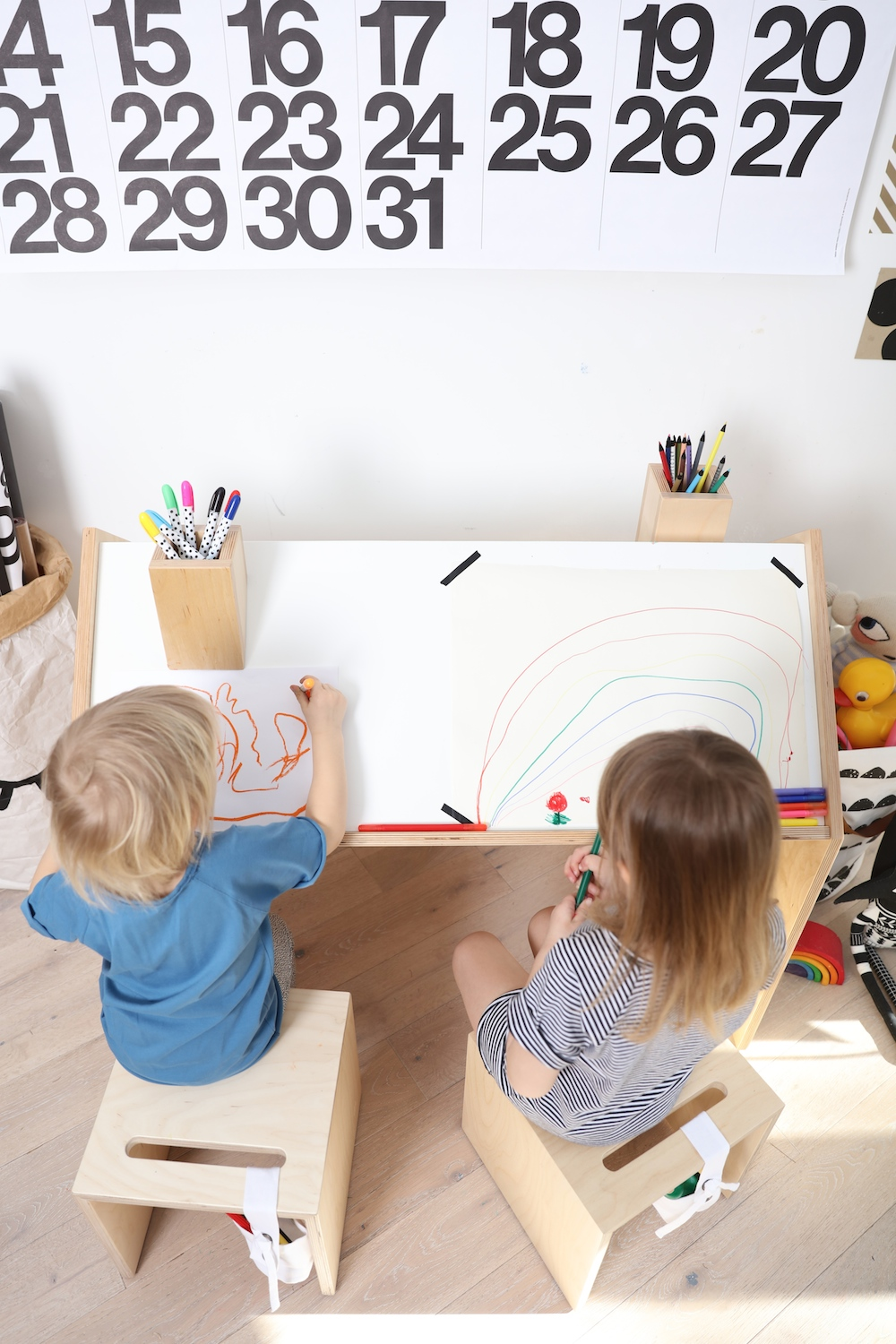 kutikai_wooden_desk_mingo_kids