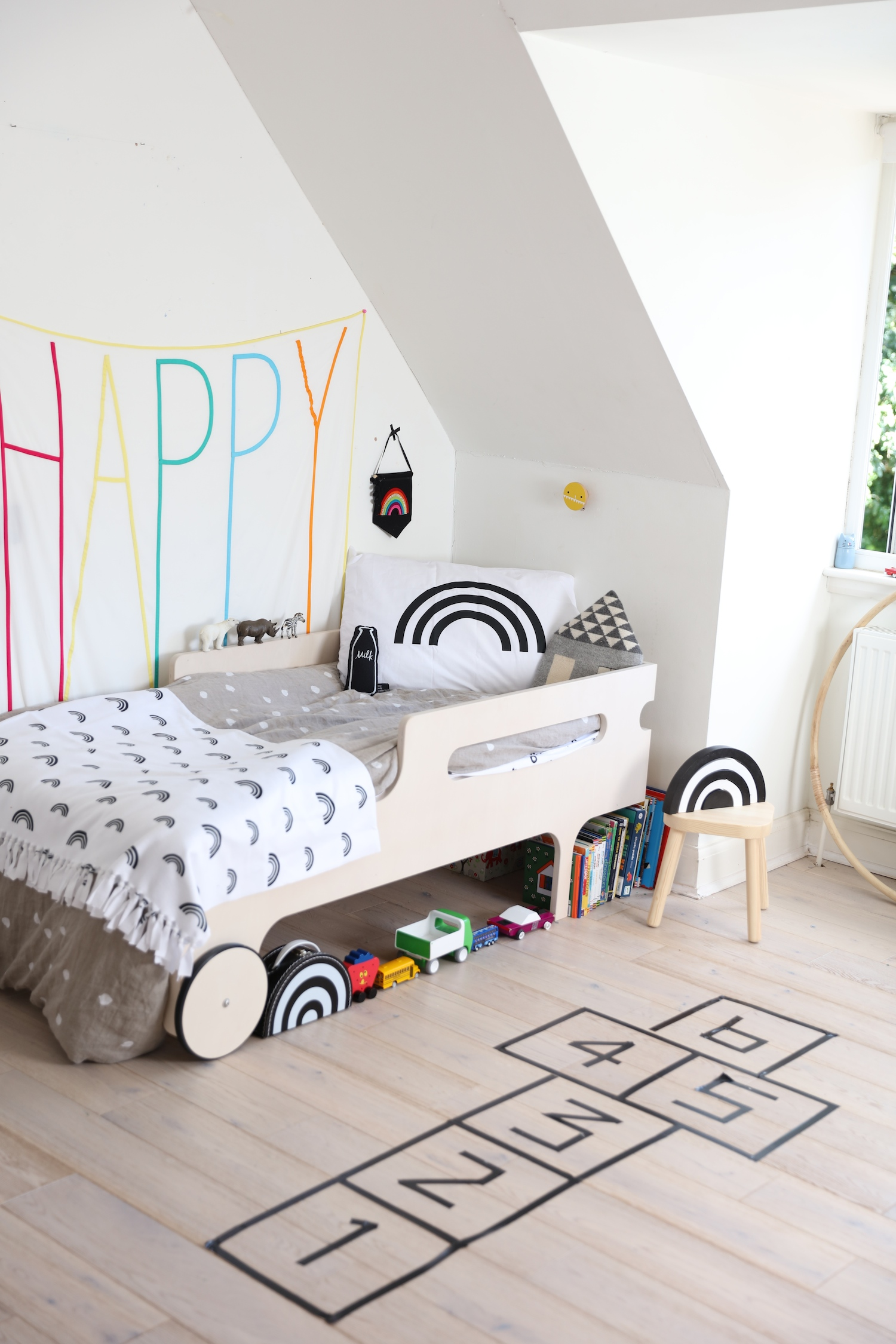 Jaxon_james_hopscotch_kids_room