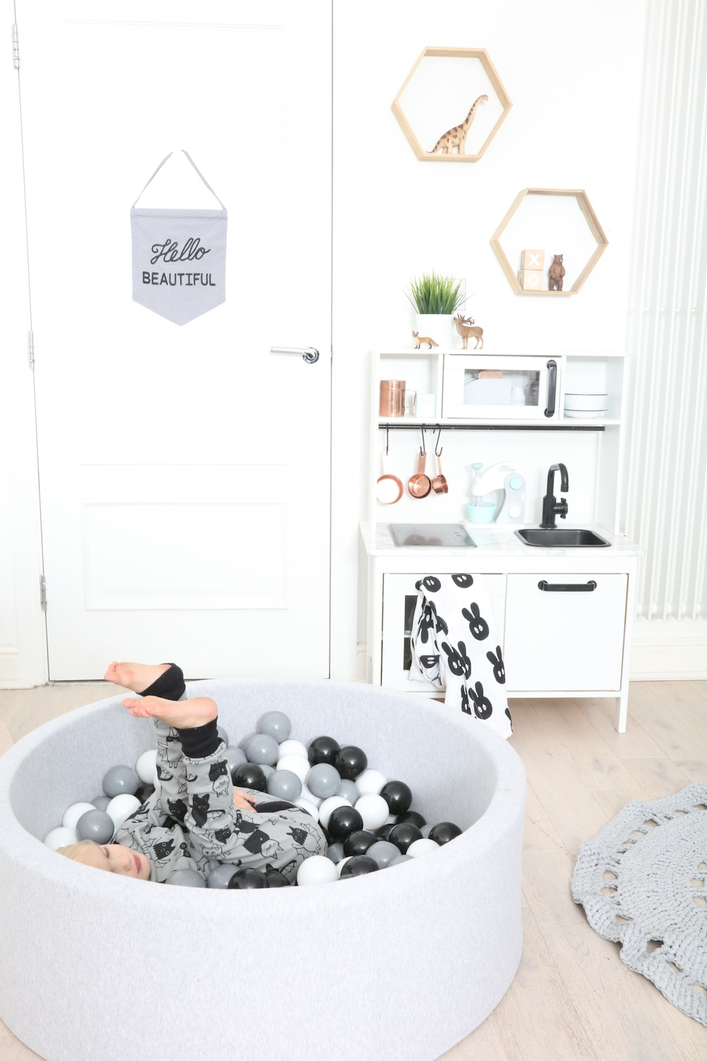 black_white_ball_pit_the_modern_nursery