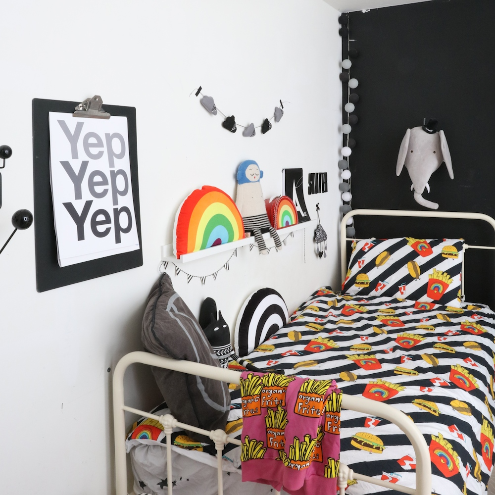 love_frankie_bedding_black_wall_kids_room