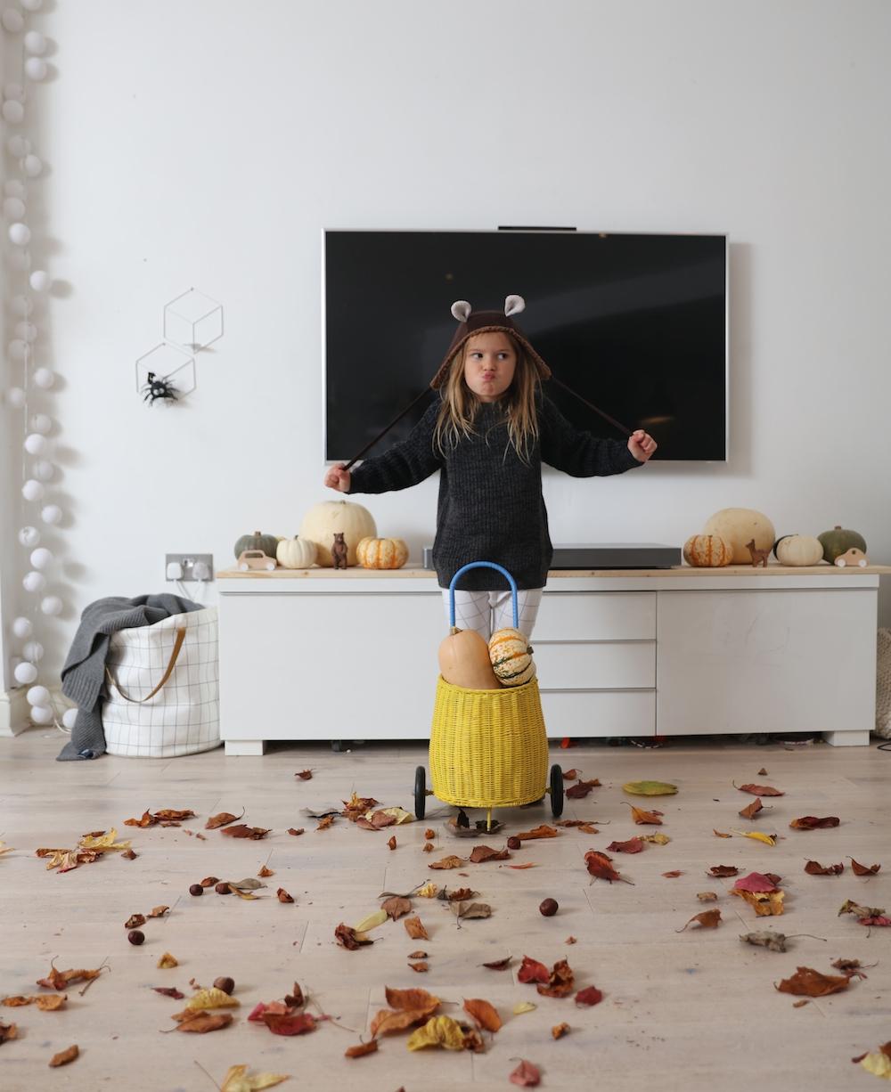 chloeuberkid_autumnal_oliella_kia_ora_mr_kit