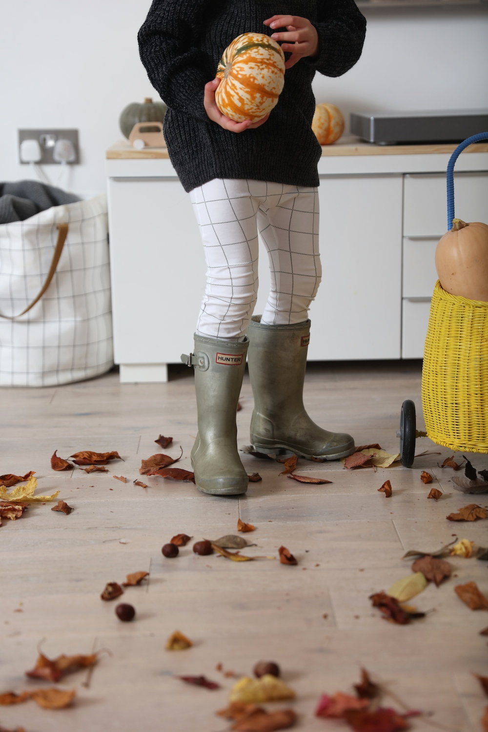 tiny_leggings_hunter_wellies