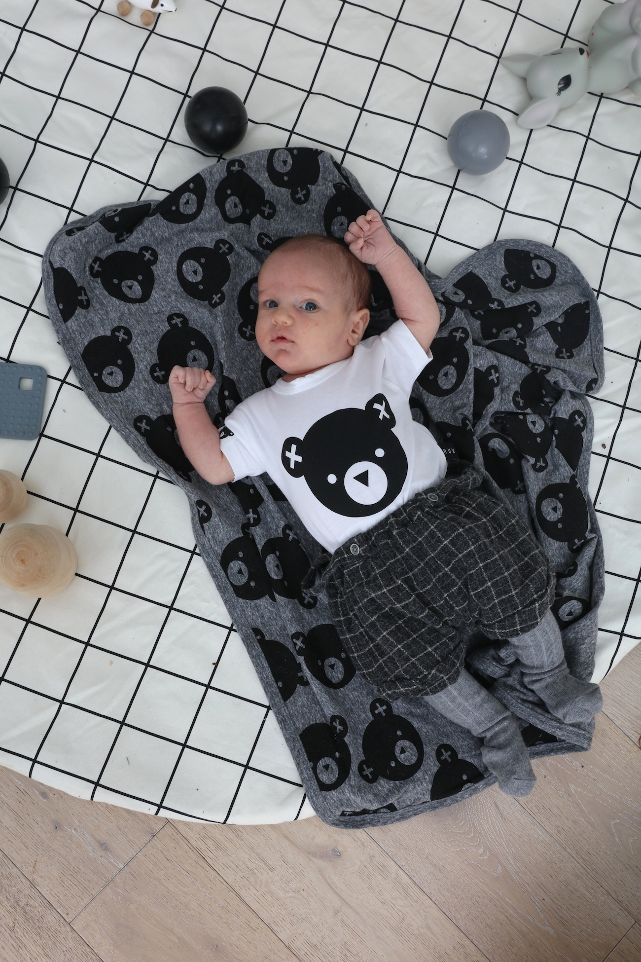 Hux_baby_blanket_clothes_monkey_mccoy