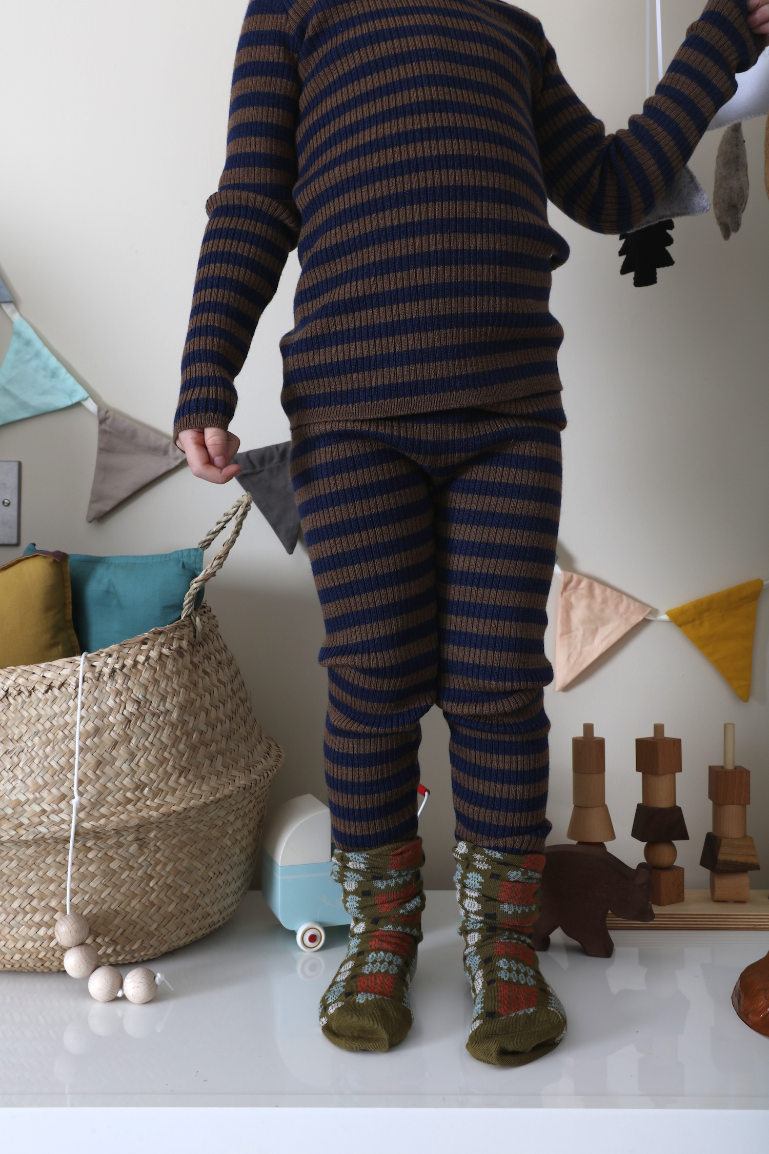 Mabli_knits_leggings_stripe