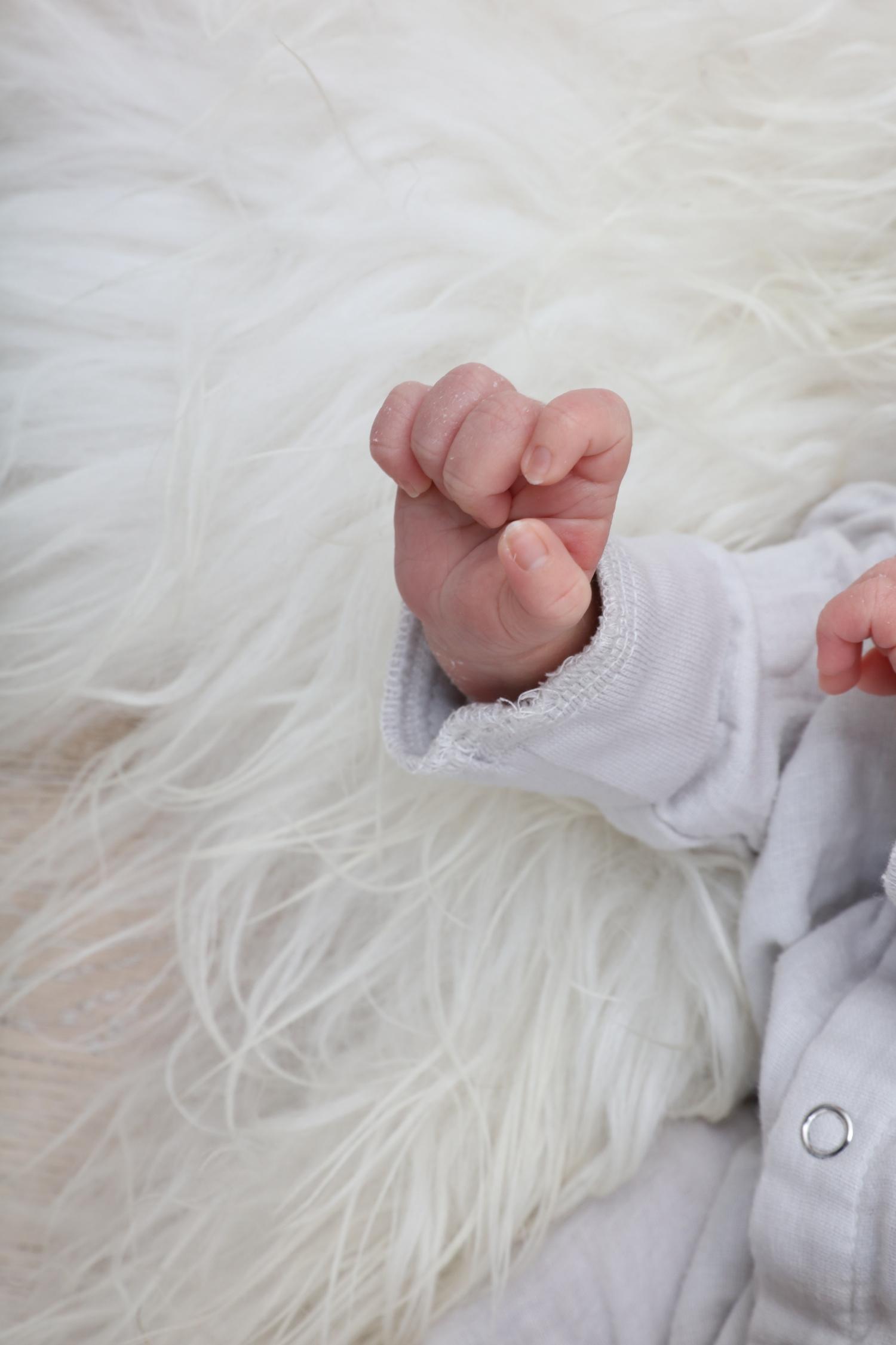 konges_slojd_cissy_wears_baby