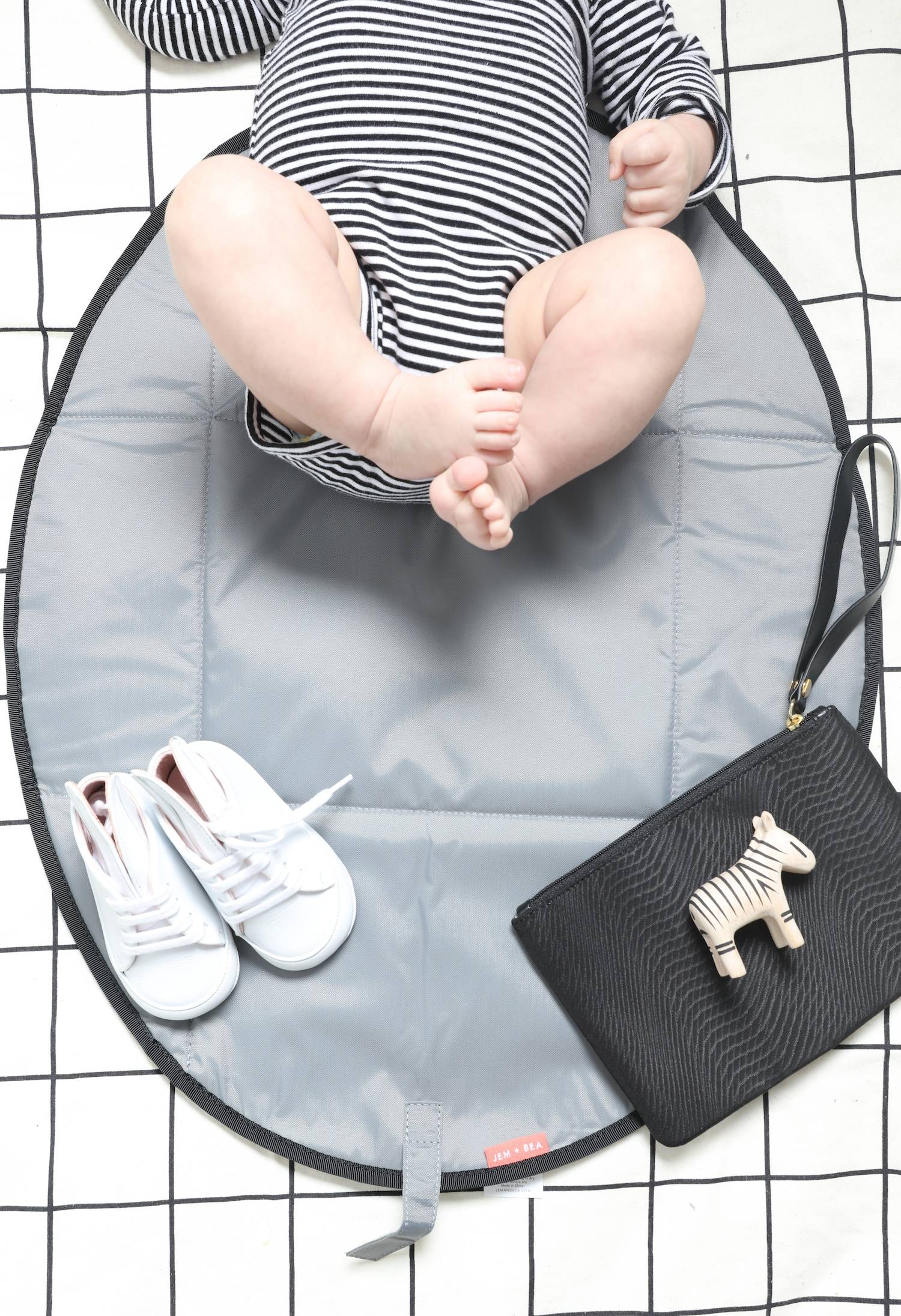 Jem_and_Bea_changing_bag_baby_mat