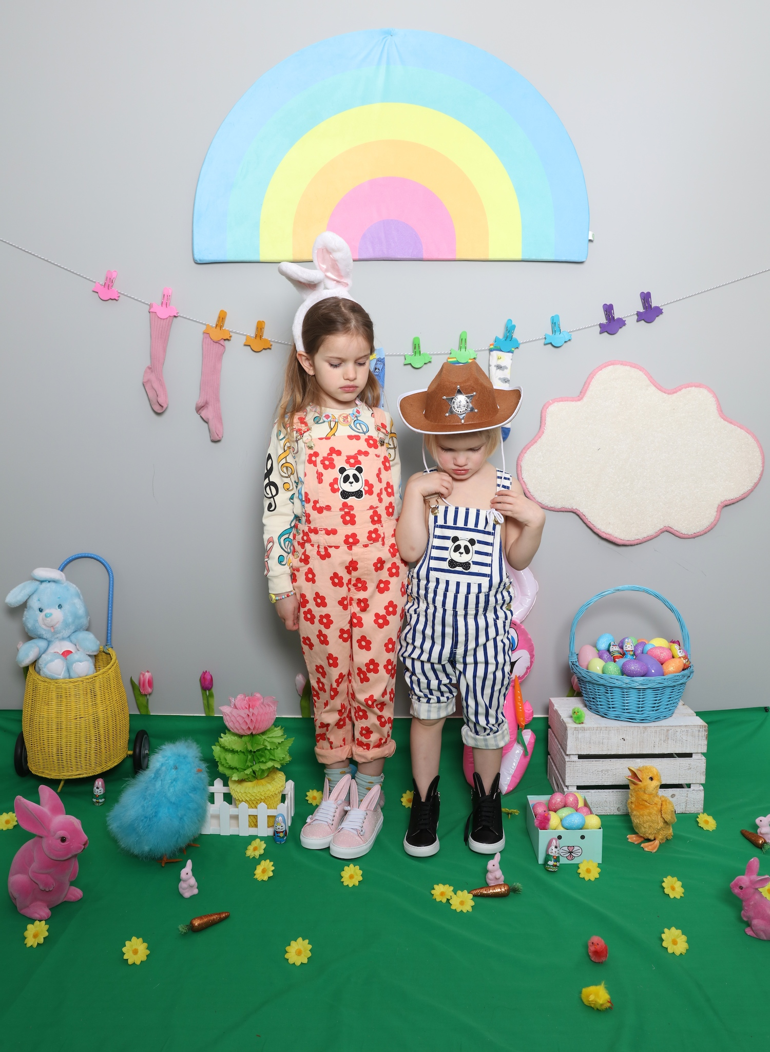 minna_parikka_children_salon_mini_rodini_dungarees_bunny_easter
