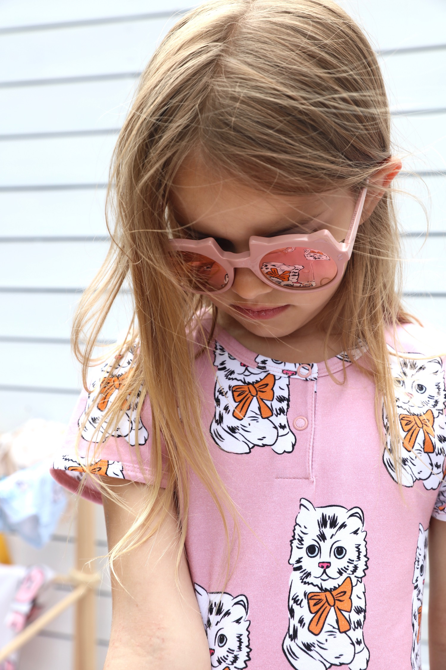 Childrensalon_sella_mccartney_cat_sunglasses