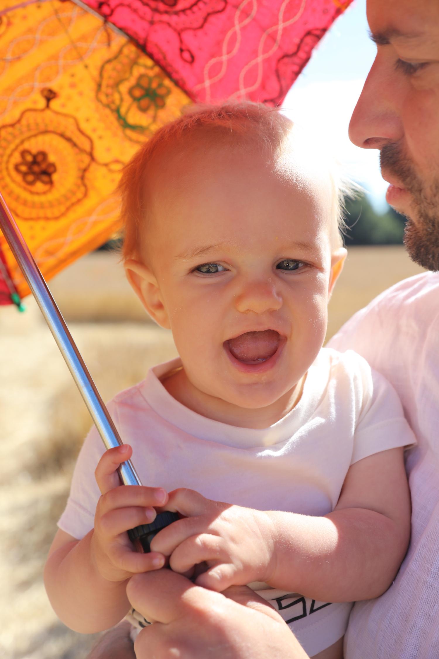 baby_umbrella_hugo_oloves_tiki