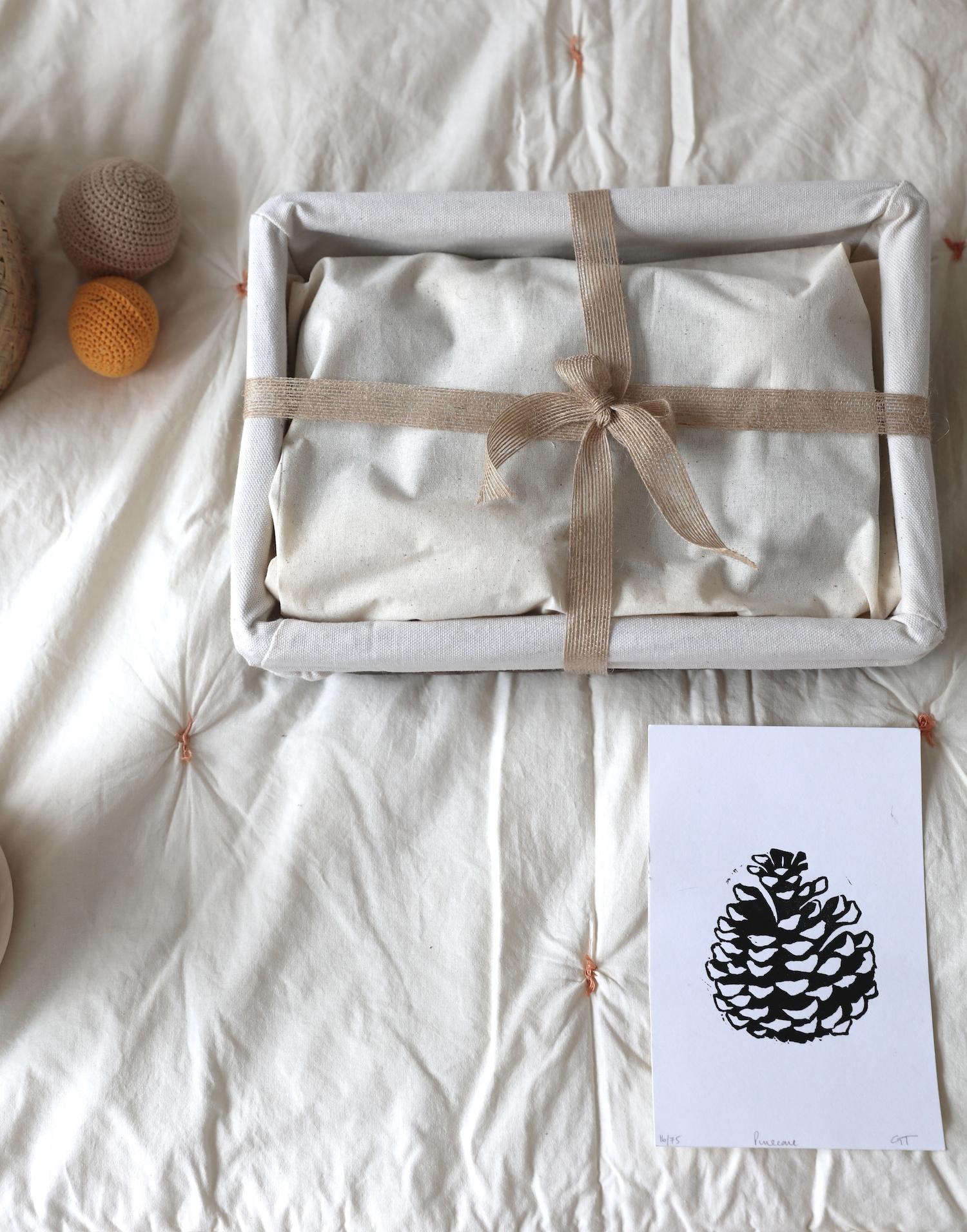 grasp_and-gather_baby_sensory_basket_montessori_natural