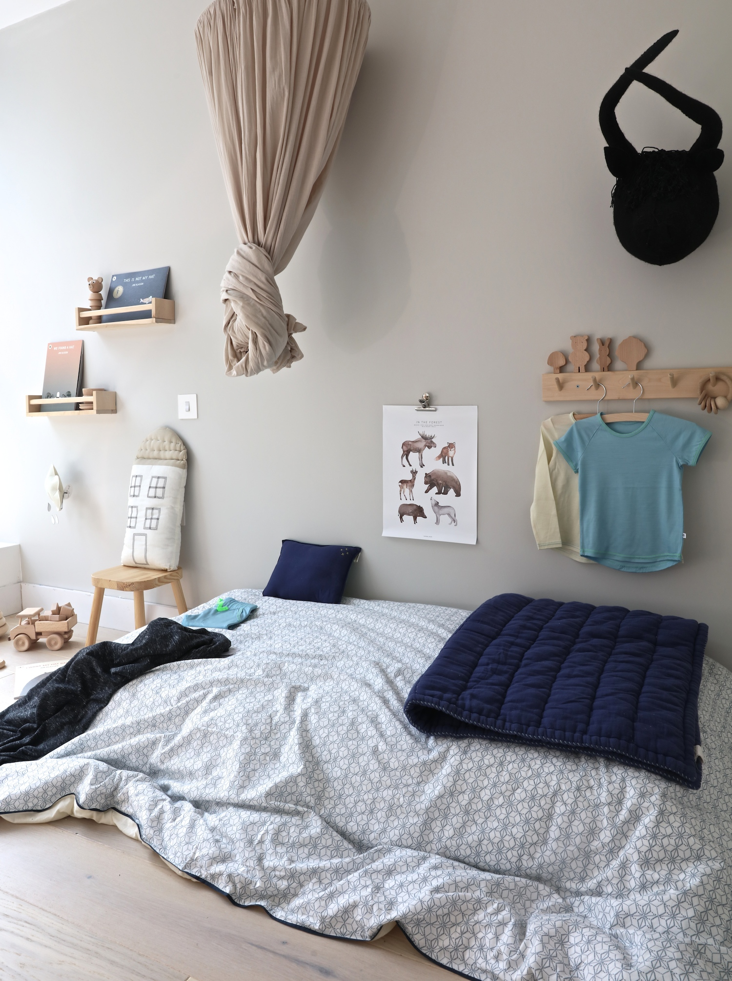 Love_my_smalls_pyjamas_vest_camomile_london_bedding_mollly_meg_canopy