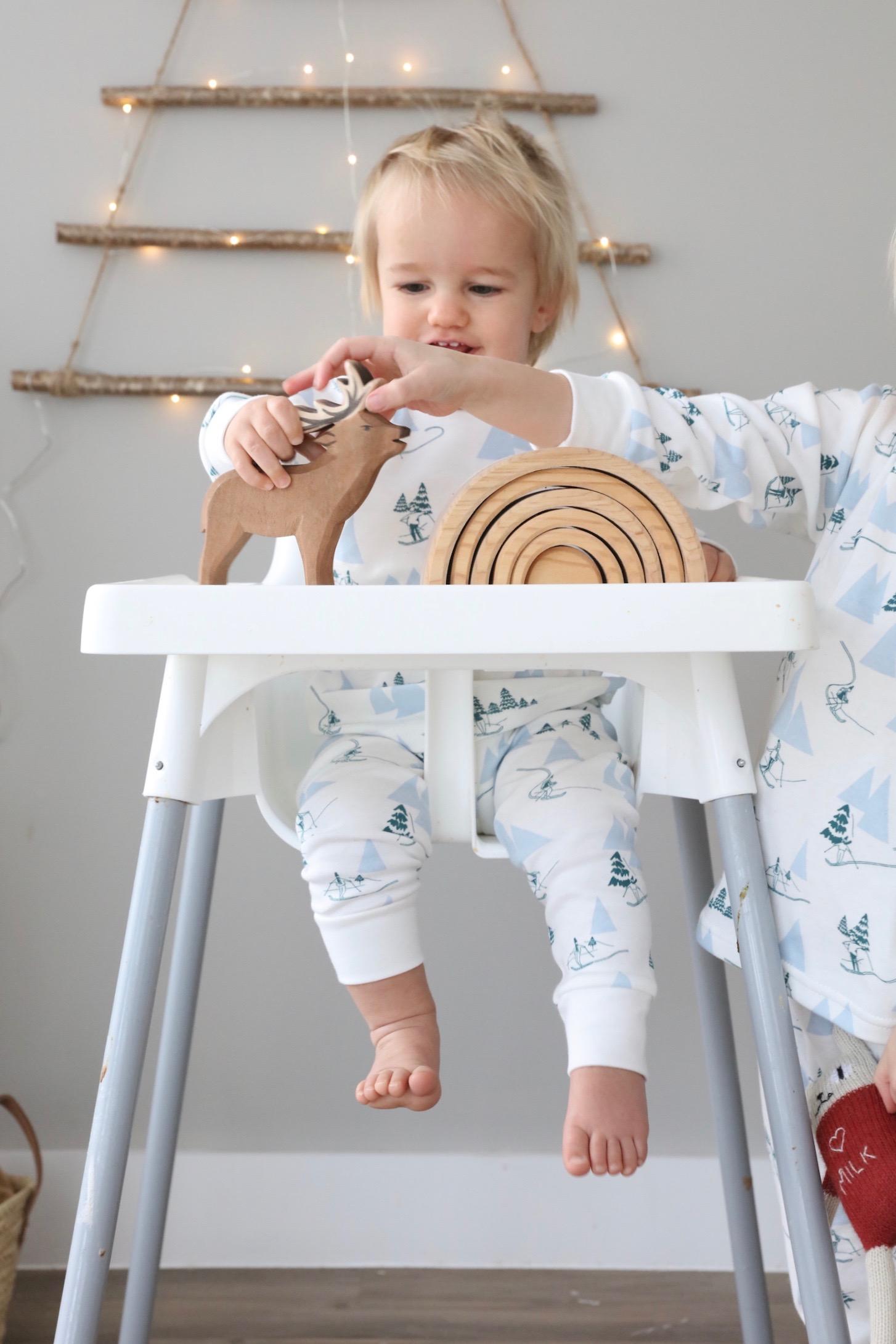 Sleepy_doe_baby_pyjamas_christmas_winter