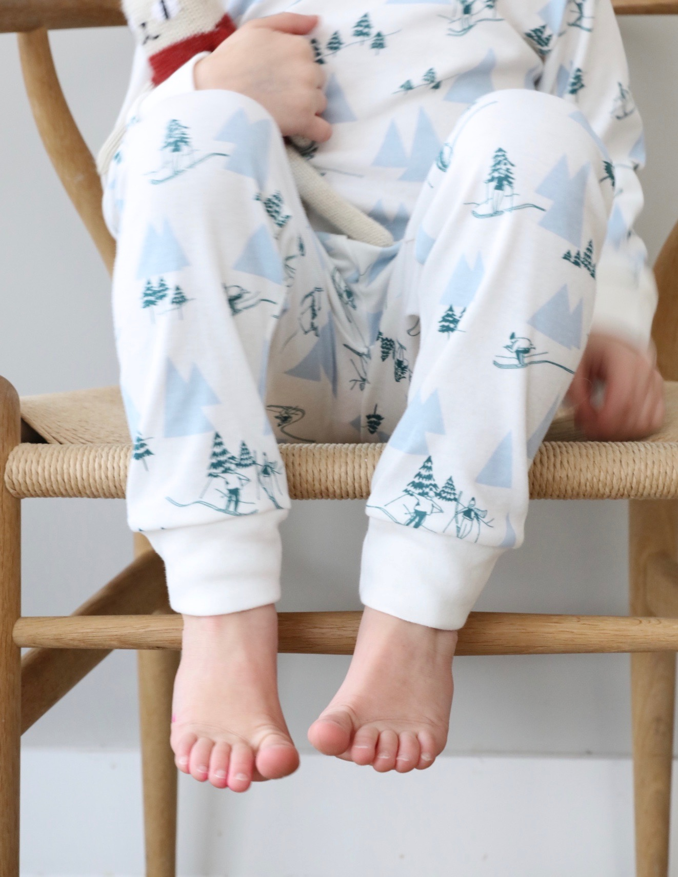Sleepy_doe_bath_pyjamas_ski_boys_kids_christmas