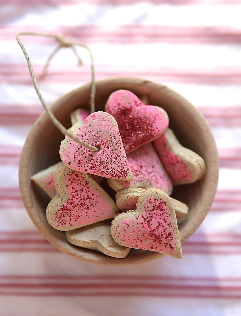 Valentines_party_salt_dough_hearts_bracelets