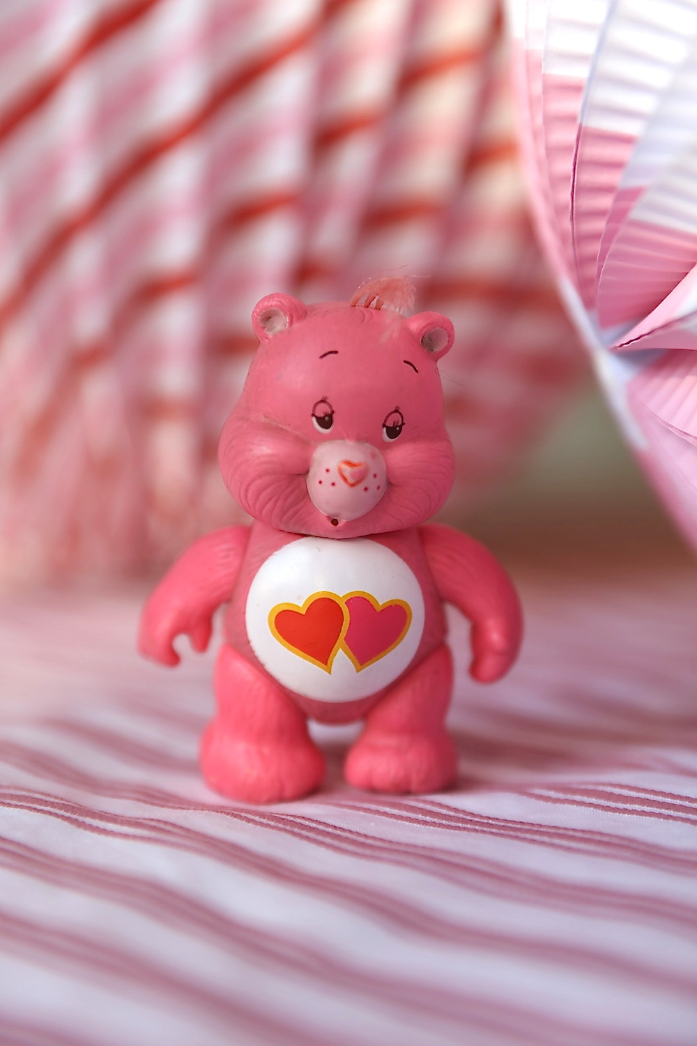 Valentines_party_vintage_love_a_lot_care_bear