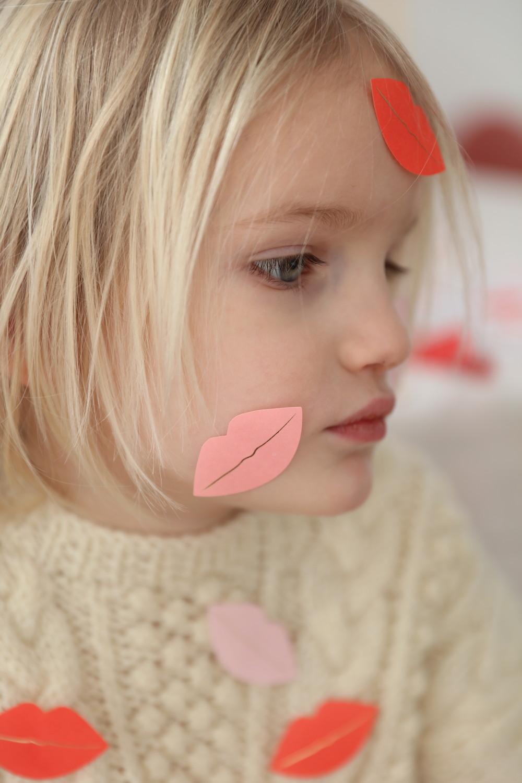 meri_meri_party_stickers_lips_kisses